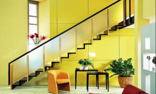 Chung quanh việc thiết kế cầu thang nhà ống hiện đại